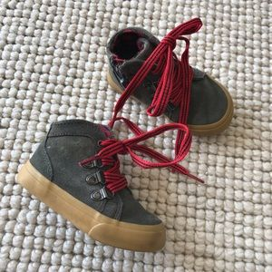 Cherokee Gray red plaid boys boots shoes